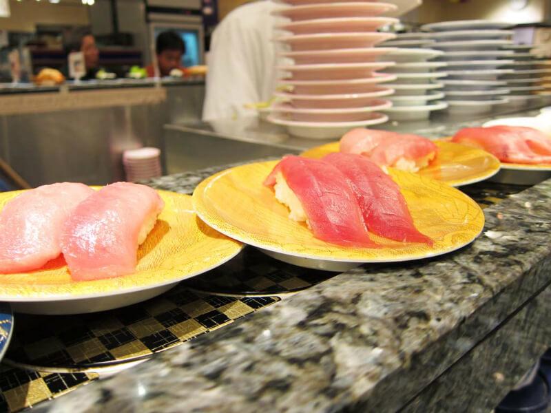 くら寿司のシャリカレーうどんを食べてみた
